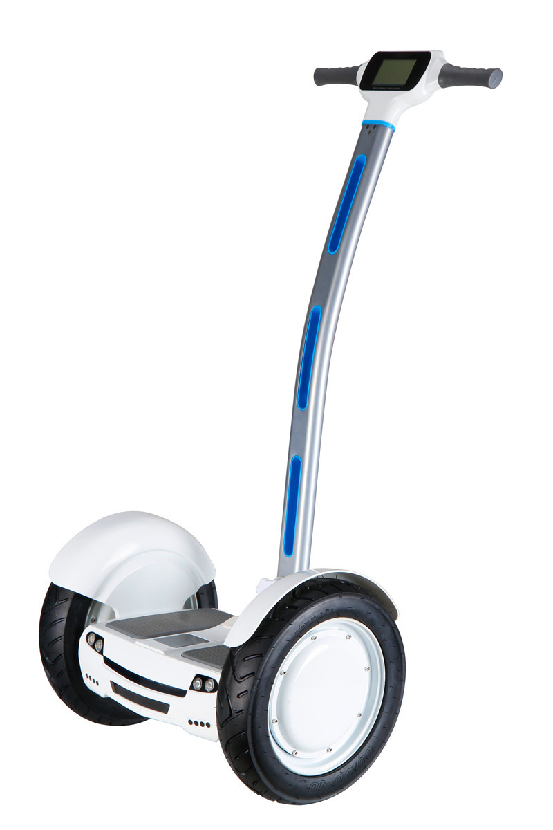 scooter electrique deux roues univers moto. Black Bedroom Furniture Sets. Home Design Ideas