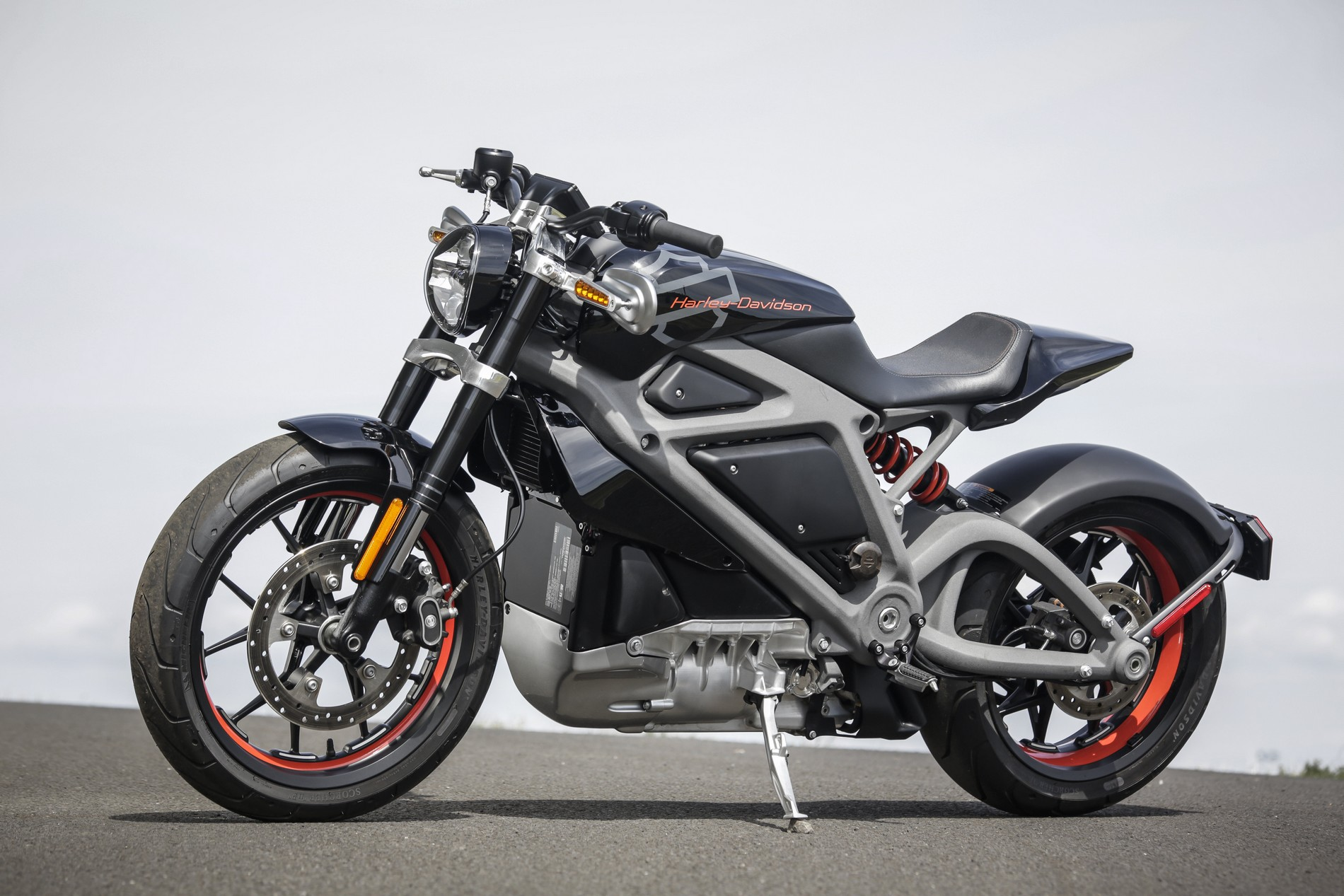 moto electrique harley univers moto. Black Bedroom Furniture Sets. Home Design Ideas