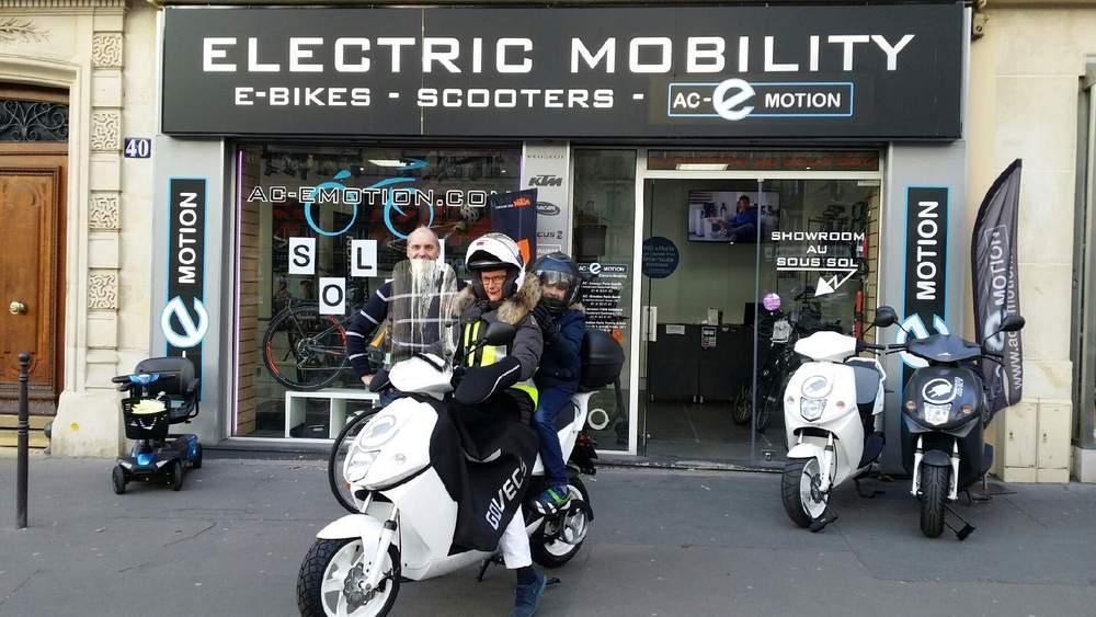vente scooter electrique univers moto. Black Bedroom Furniture Sets. Home Design Ideas