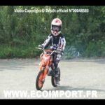 Moto cross petit garcon