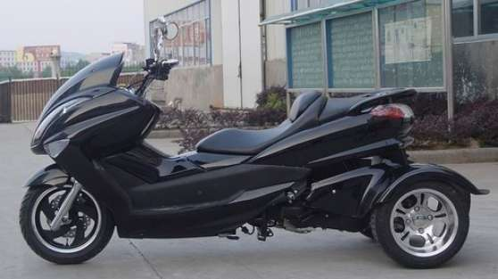 scooter trike 200cc occasion univers moto. Black Bedroom Furniture Sets. Home Design Ideas