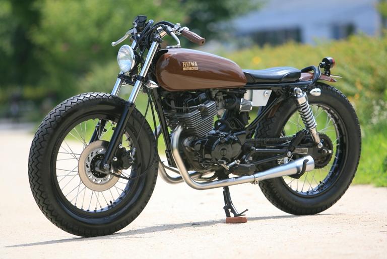 moto 125 cafe racer occasion univers moto. Black Bedroom Furniture Sets. Home Design Ideas