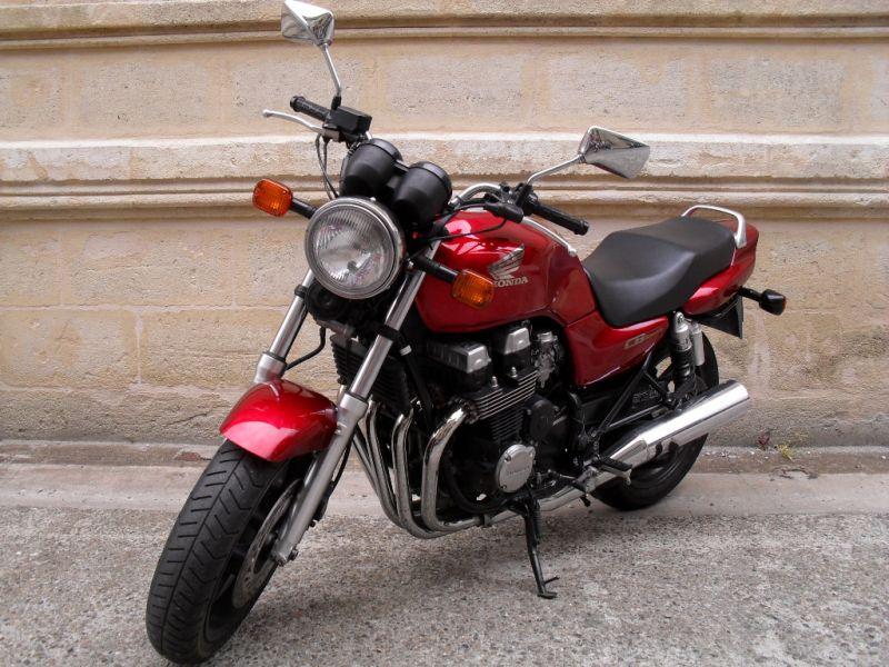 moto occasion vintage univers moto. Black Bedroom Furniture Sets. Home Design Ideas