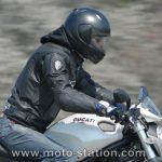 Blouson moto trop court