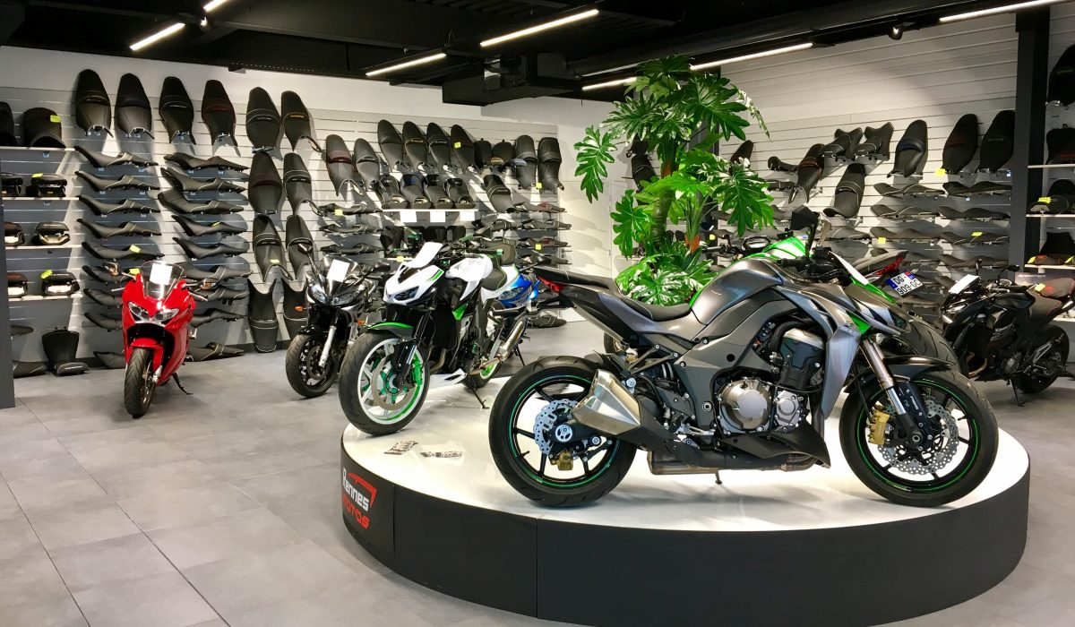 Garage de moto occasion