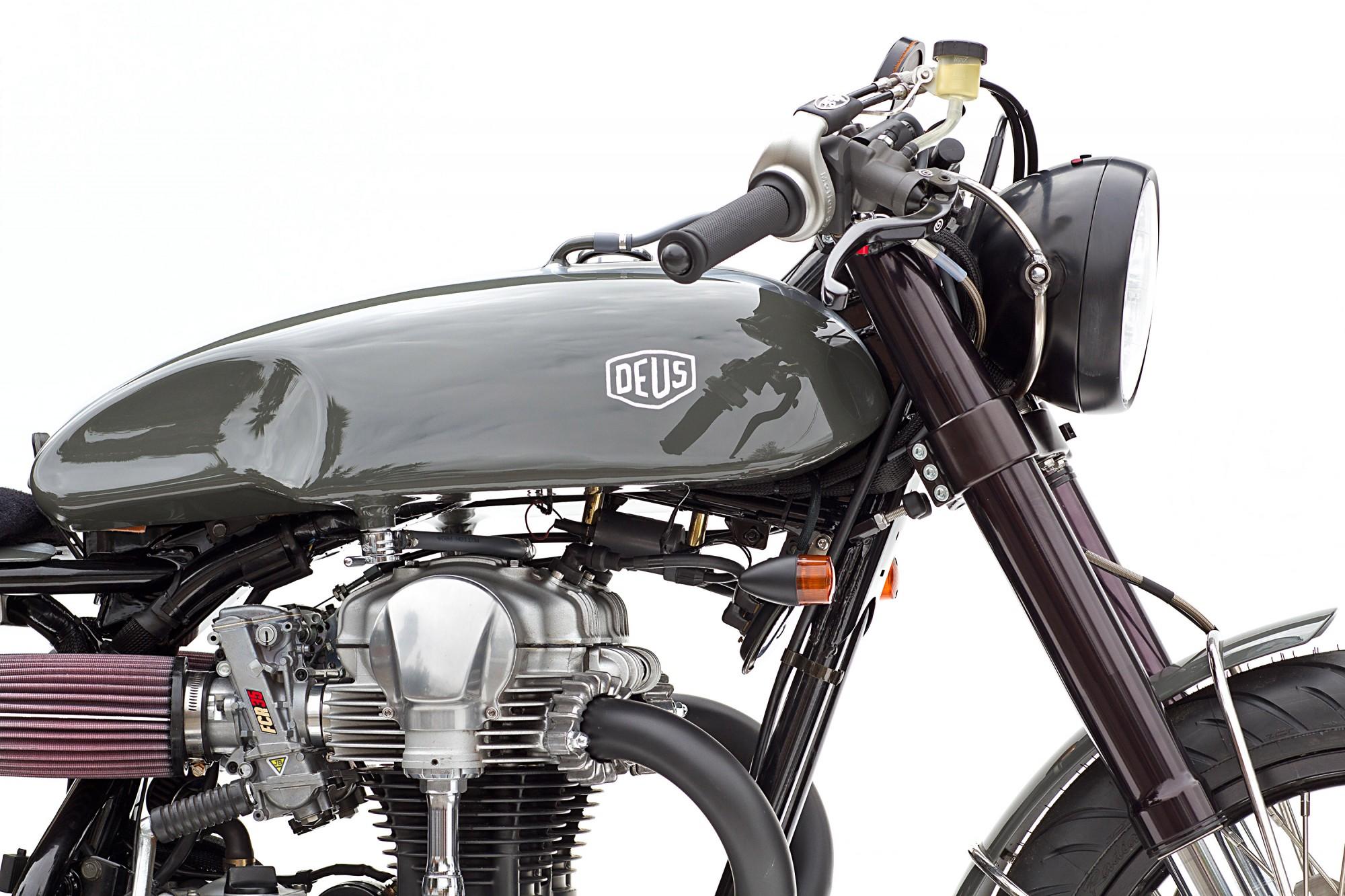 Deux moto
