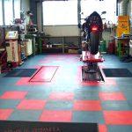Reparateur de moto