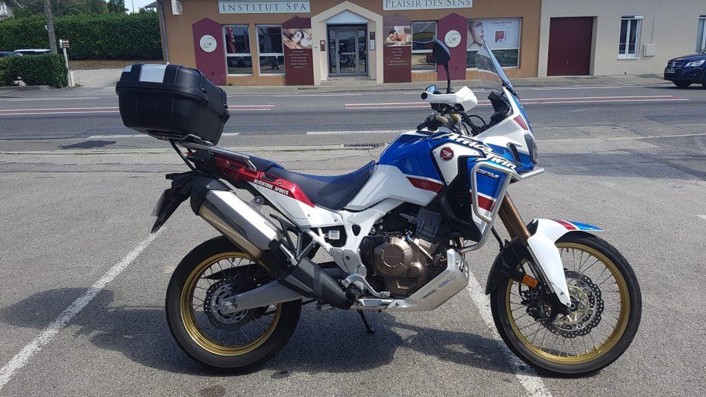 Moto honda sportive occasion
