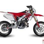 Une 50 moto