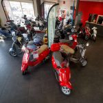 Magasin moto ouvert