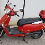 Garage moto scooter