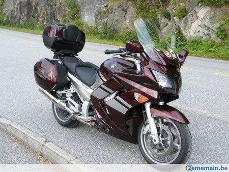 Suzuki garage moto