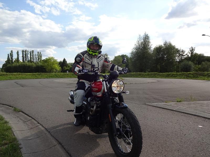 Equipement obligatoire permis moto 2015