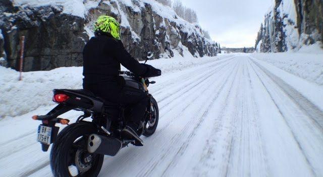 Quel pantalon moto pour l'hiver