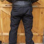 Test pantalon moto pluie