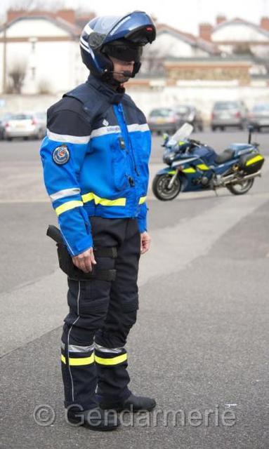 Marque pantalon moto gendarmerie