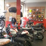 Magasin equipement moto 45