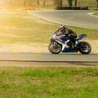 Moto ecole pret equipement